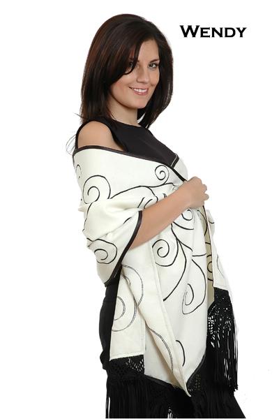 shawl in baby alpaca